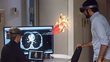 Medical training scenario in mixed reality with Microsoft HoloLens
